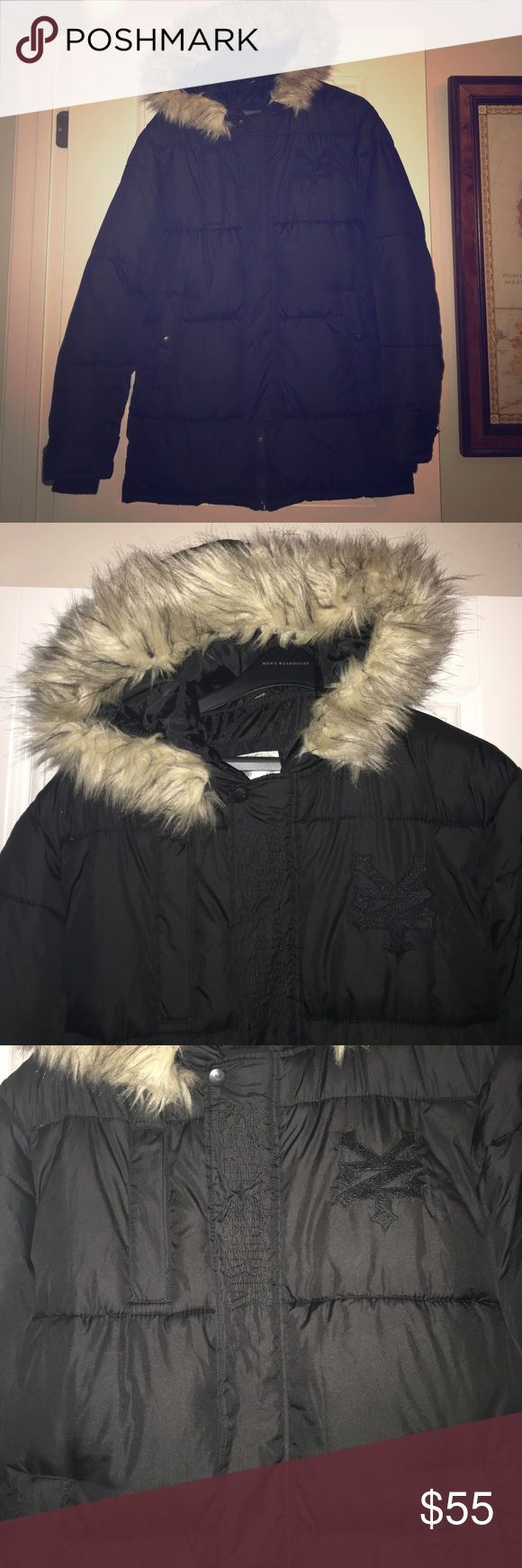 Zoo York Unbreakable Men's Winter Puffer Jacket Zoo York Unbreakable Men's Winter Puffer Jacket with Faux Fur Hood ❄️ size medium ❄️ perfect condition! ❄️ this is taking up a lot of room in the closet! Needs to go! Offers accepted? Zoo York Jackets & Coats Puffers