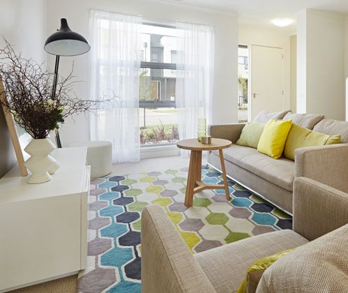 Our KAS Rapport rug looks smashing in this fresh interior space. Great work Move-in Mebourne!! #TheRugCollection