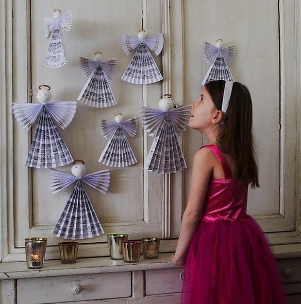 DIY závěsná dekorace: Andělíček z notového papíru