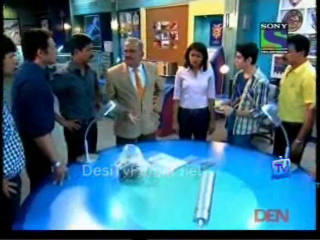 Cid episode 1004 27th september 2013 / The movie suite life of zack