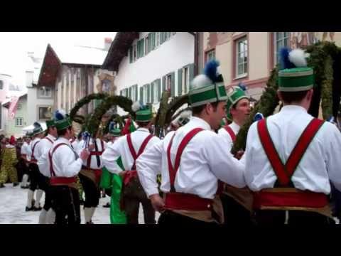 Schäfflertanz 2012 in Mittenwald am Obermarkt der Schäffler aus Partenkirchen - YouTube