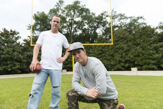 Peyton and Eli Manning rap in a new DirecTV video.