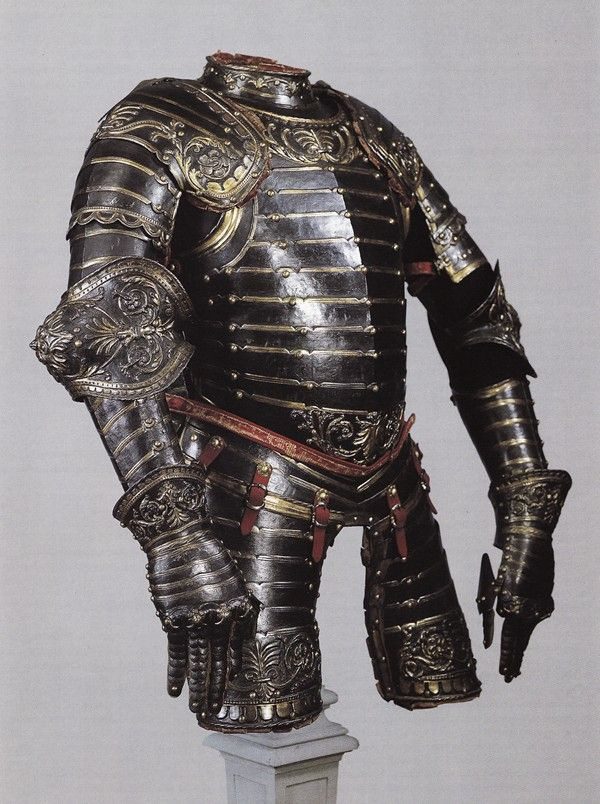 Armor made by Caremolo Modrone of Mantua for Carlo Gonzaga, the Count of Gazzuolo and San Martino in the mid-16th century