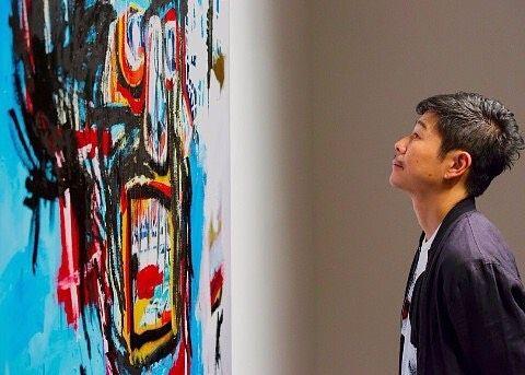 """""""Todas aquelas pessoas que possuíam #Basquiat e venderam ou nunca compraram estão doentes. O Sr. Maezawa portanto é um dos caras mais saudáveis do mundo ao comprar no último leilão da #Sotheby's mais uma tela para sua coleção por... US$110 milhões!"""