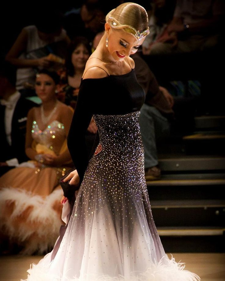 Our very beautiful DSI Elite Performer Cäroly Jänes wearing our Black-White Shaded Georgette.