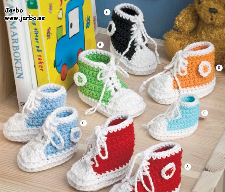 Baby Converse sko  Jarbo Er de ikke bare for nuttede? Hvis man ikke har en modtager, er de flotte at have som pynt :)