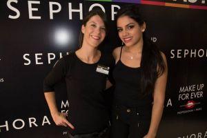 Valentina Reina, una belleza colombiana en las jornadas de Make Up de Sephora, cautivo por su simpatía.