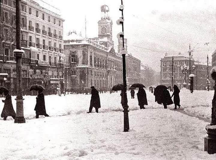 Puerta del Sol. Madrid. Foto de principios del siglo XX.