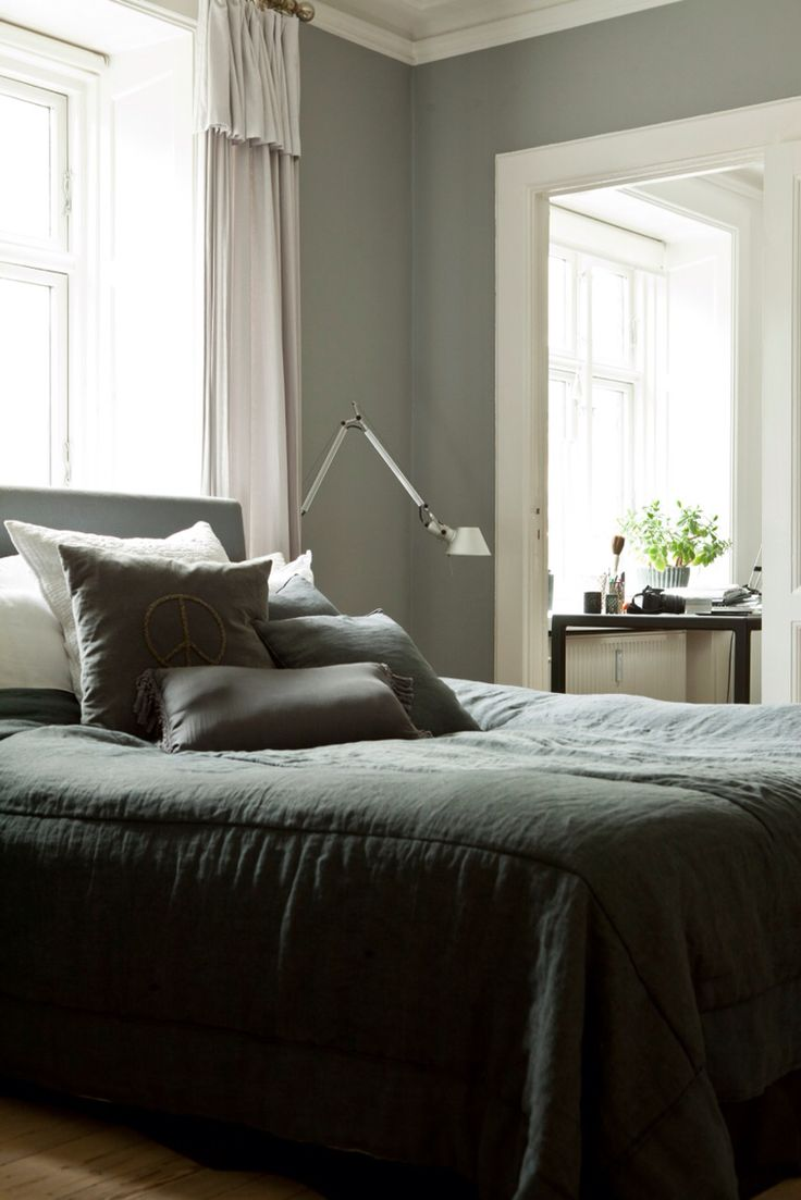 Bedroom. Grey and calm.