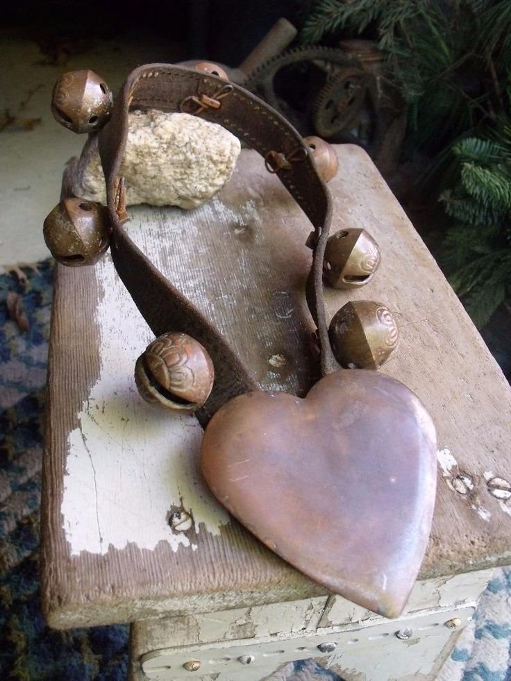 Antique Copper Sleigh Bells Sweetheart Bells On Leather & Copper Heart Sold Ebay 213.00