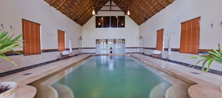 Heated indoor pool at the Winelands Spa, Kievits Kroon