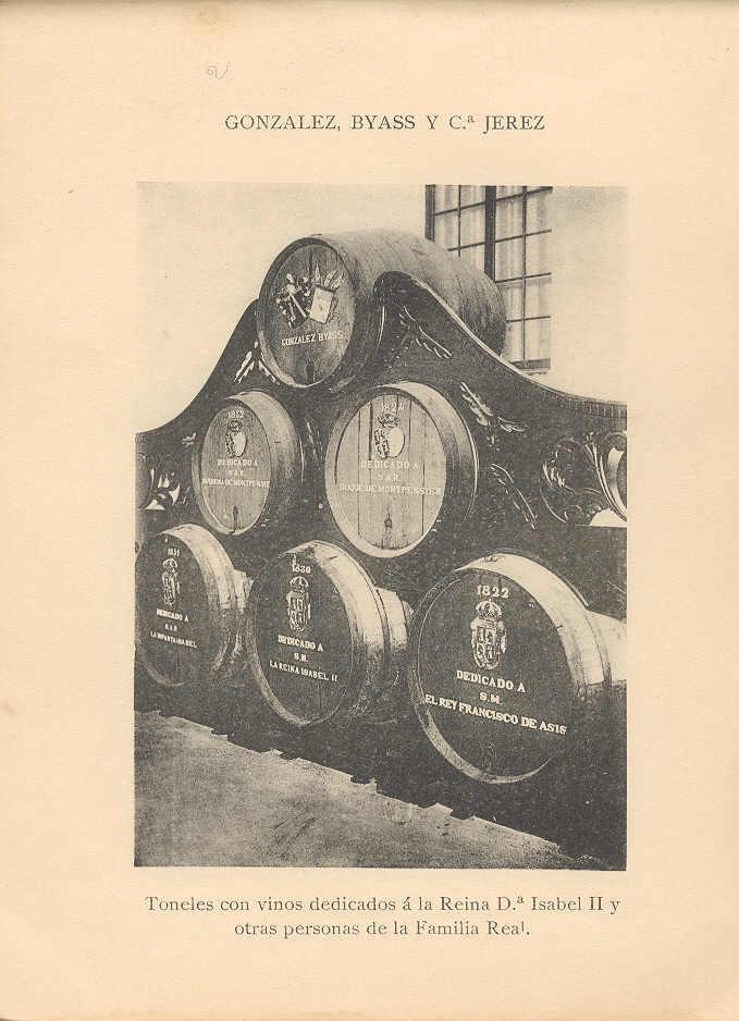 Toneles con vinos dedicados a la reina Isabel II y otras personas de la Familia Real.