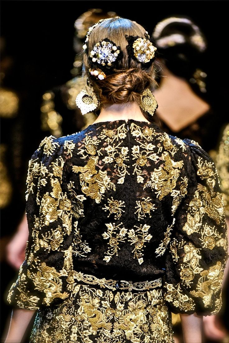 Baroque fashion 2013 as you can see baroque has influenced fashions by the hair pieces and the patterns