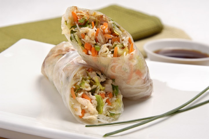 CopyCat Recipe: Pei Wei's Vietnamese Chicken Salad Rolls. 1 roll is 4 WW points.  Can't wait to try!