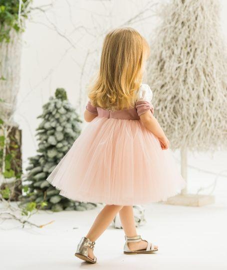 """""""Quartz Rose"""" Dress Photo: Poze cu Staif Decorations: Atelier Florens Model: Iris"""