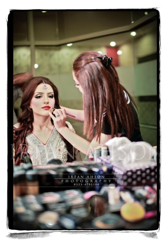 Pakistani bridal makeup.
