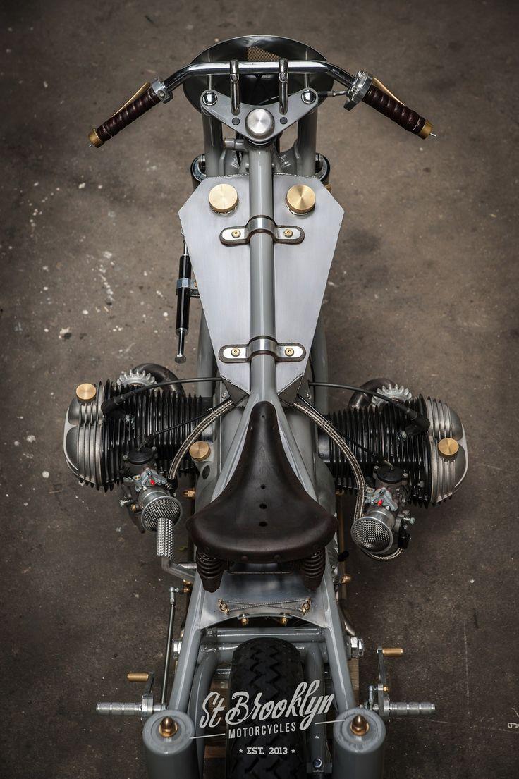 Nous n'avions jamais entendu parler de St Brooklyn Motorcycles. Quelle erreur ! Ce petit garage breton, situé pas loin de St Brieuc, est sorti de nulle part pour nous mettre une énorme gifle …