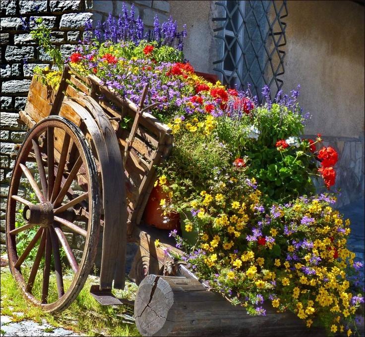 U003c3 Flower Garden Wagon