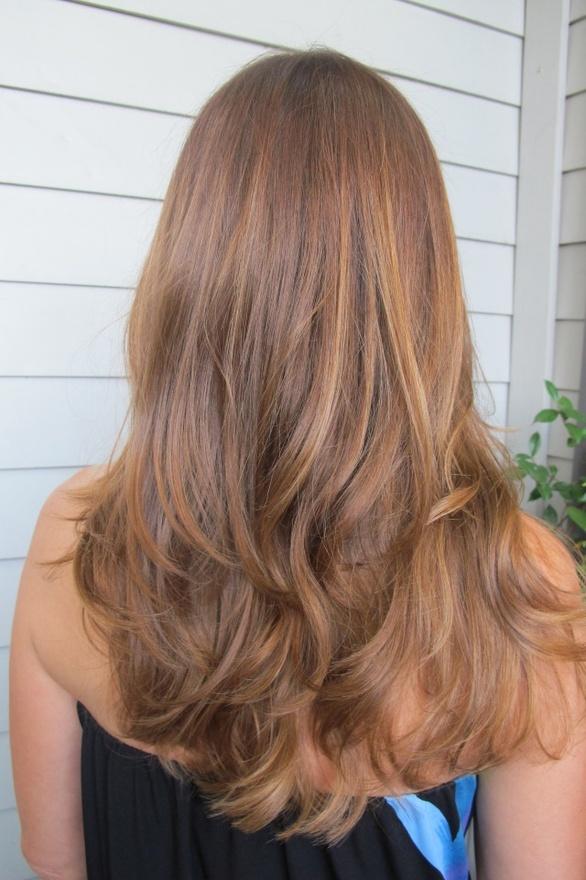 Caramel honey hair color, layers