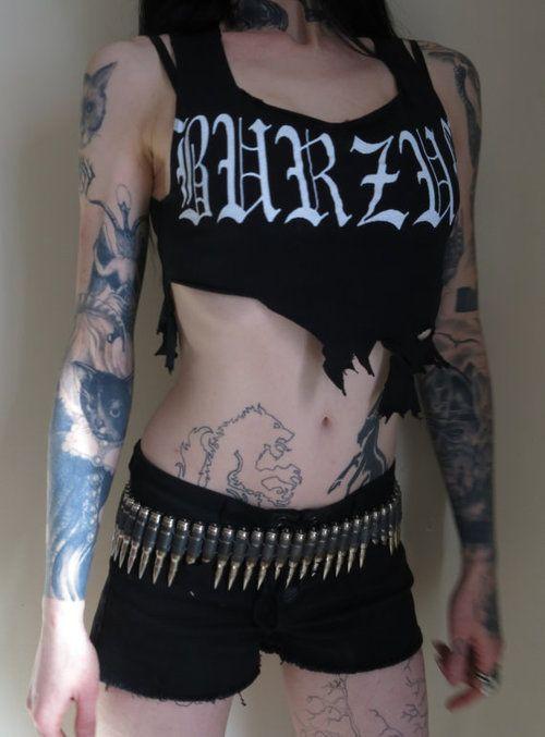 Black metal girls>>>>>>>