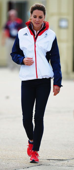 Kate Middleton does sports chic in head-to-toe Team GB kit at day 10 of Olympics 2012 via @handbagcom