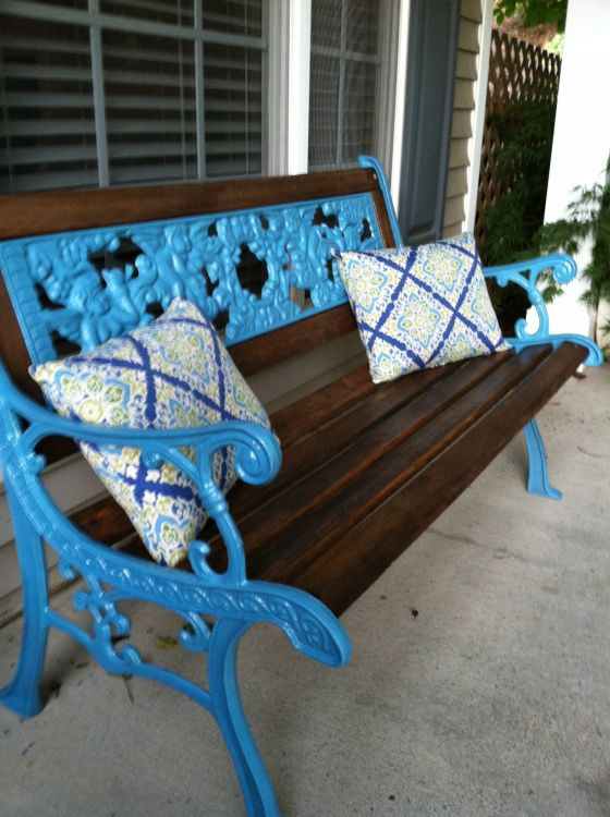 Spruce up a wrought Iron bench with some dark stain and a bright coat of spray paint!