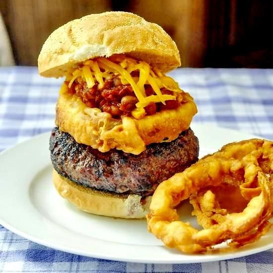 Chipotle Jack Bacon Burgers - http://www.rockrecipes.com/chipotle-jack-bacon-burgers/
