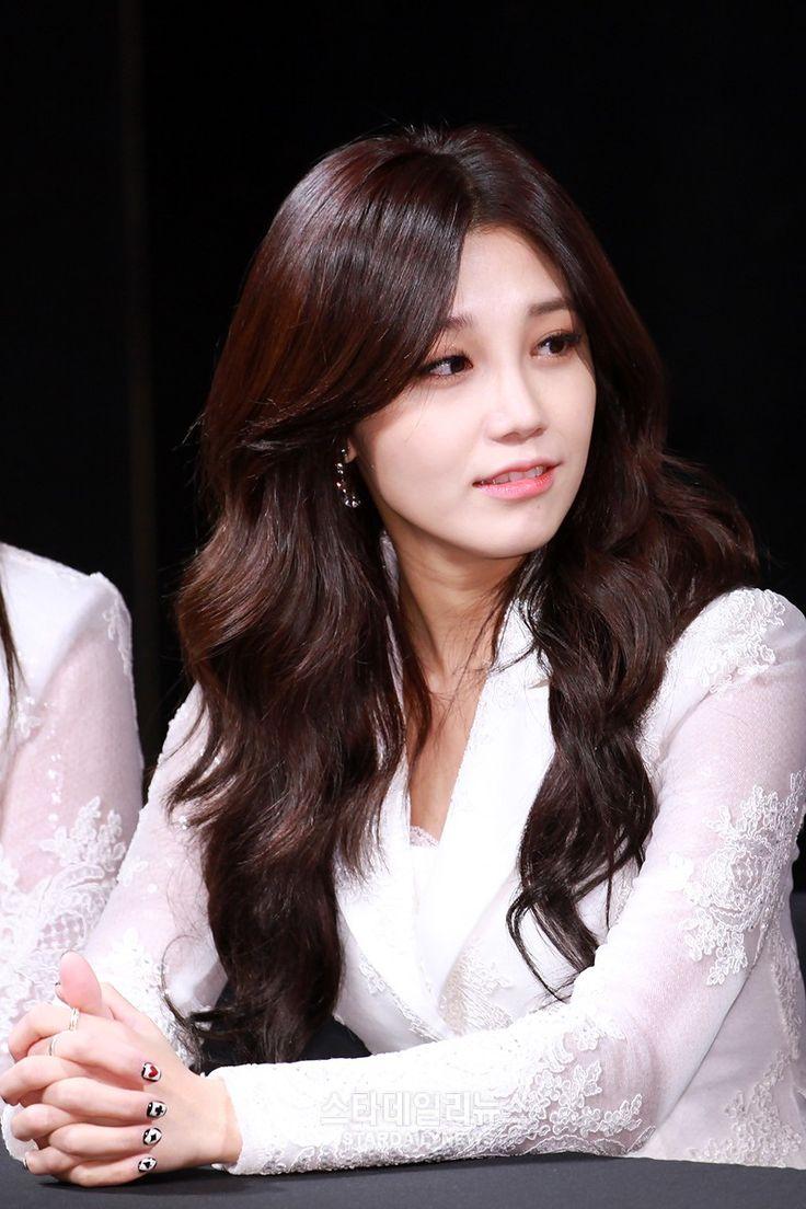 142 best apink k-pop girl group huge fan : ) images on pinterest