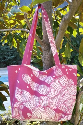 white hand on wine print  tote/shoulder bag by onnaBandA on Etsy, €38.00