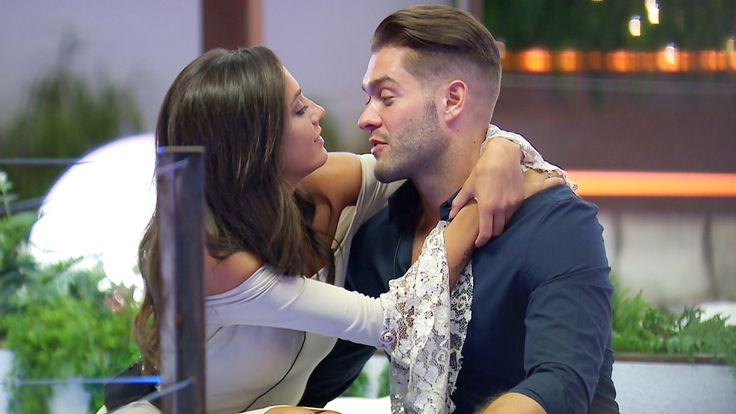 Who is Tyla Carr? The Love Island contestant appeared on First Dates owns 38 bikinis and has her eye on Chris