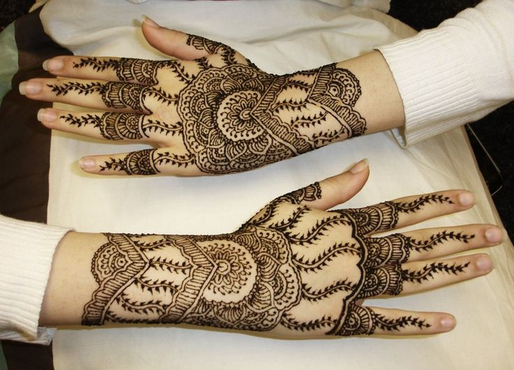 Beautiful HD Mehndi Design