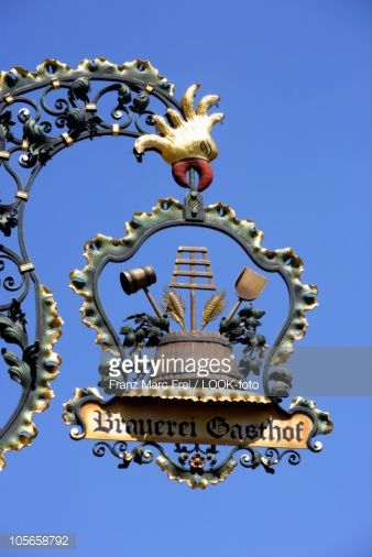 Foto stock : Sign of a brewery and restaurant, Graefenberg, Franconia, Bavaria, Germany