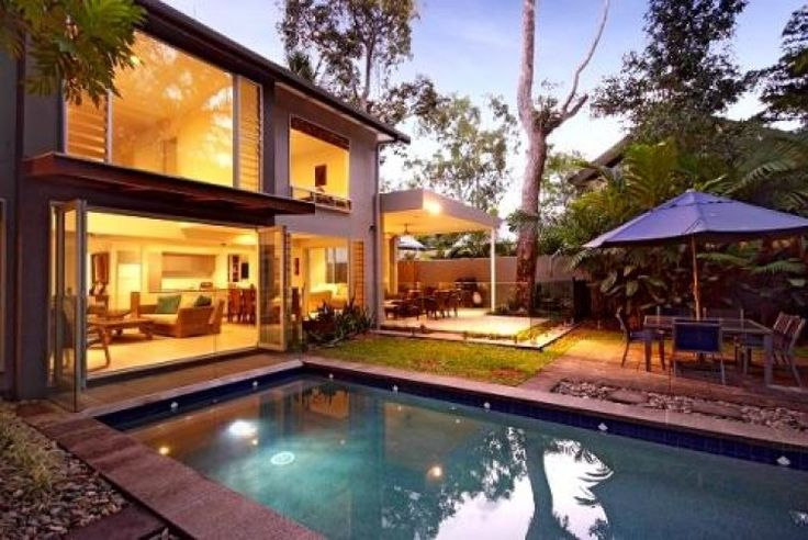 Beach Direct, Luxury House in Port Douglas, Australia | Amazing Accom