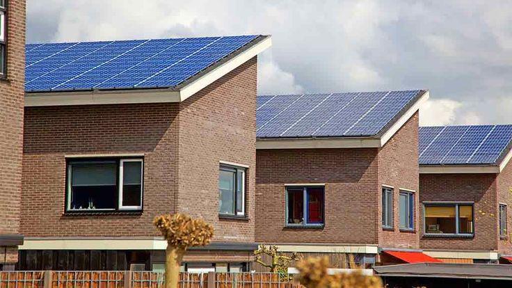 #Zonnepanelen zijn milieuvriendelijk en de installatie kosten zijn beperkt. #Durasun is een vertrouwde naam op vlak van zonnepanelen installaties voor particulieren en bedrijven. Klik op bijgevoegde link om ons te contacteren.