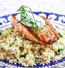 Recept med lax. (Recipes:salmón Translate from Swedish)  Lax är lyxmaten som blivit en favorit både till vardag och fest. Lax är både prisvärd och snabblagad. Laxpudding, laxpasta eller kanske lax i ugn.