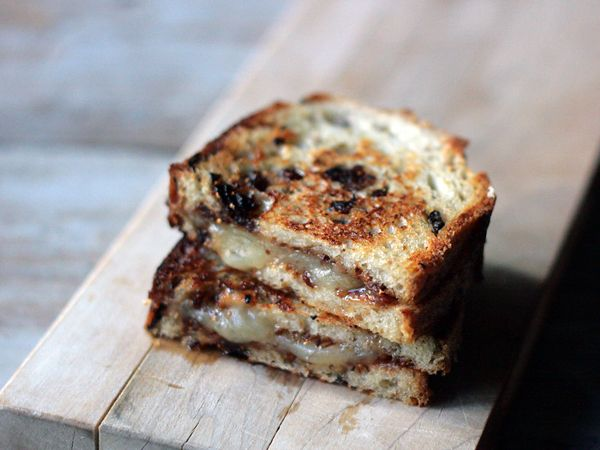 Fig Manchego Grilled Cheese Sandwich