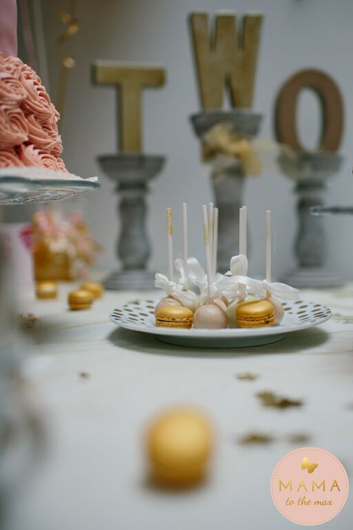 Partytable and cake