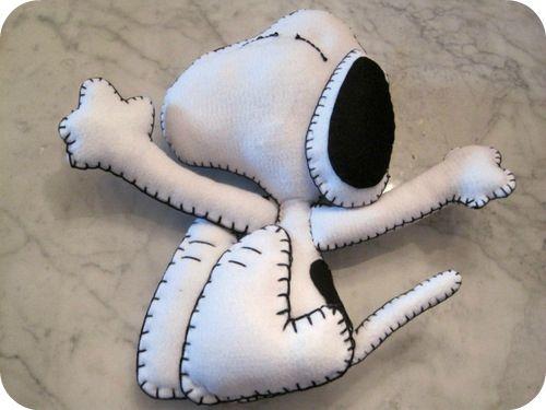Tutorial Snoopy in panno lenci