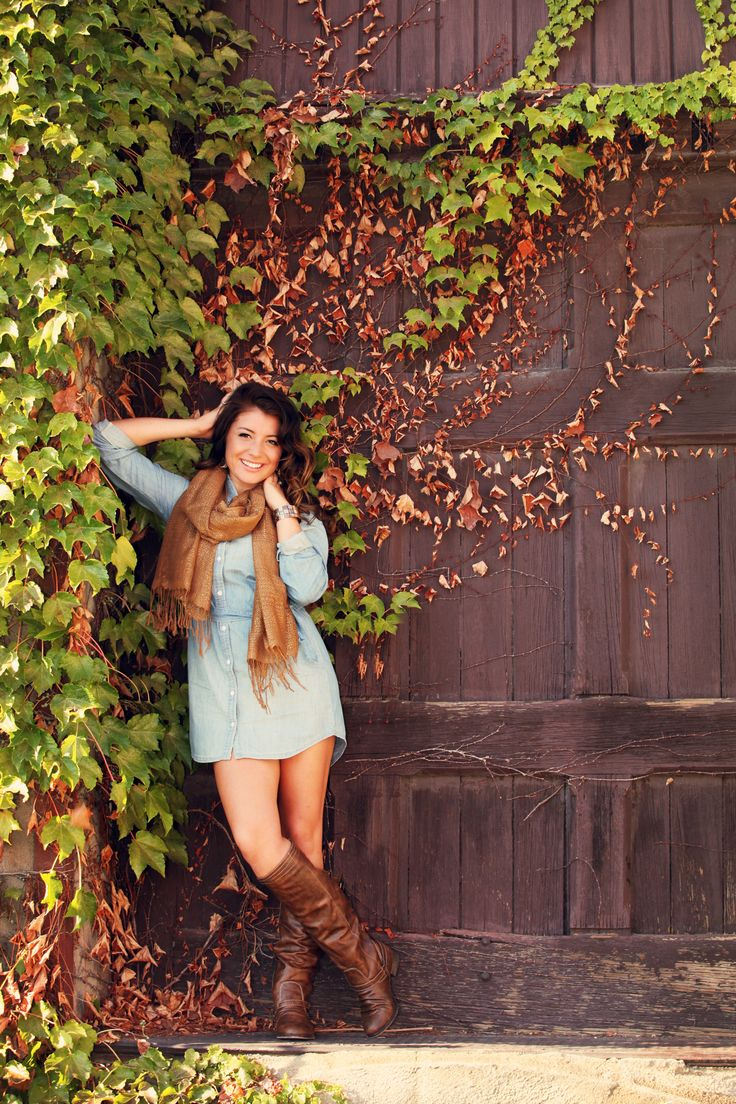 Senior Girl pose, outfit and location...