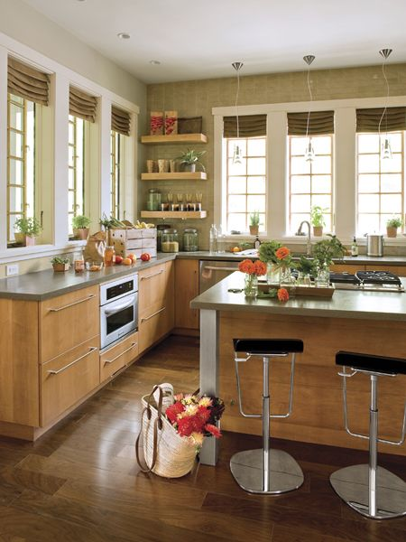 Perfect.: Gardens Ideas, Beautiful Kitchens, Southern Living, Kitchens Design, Dreams Kitchens, Ideas Houses, Kitchens Inspiration, Clean Line, Upper Cabinets