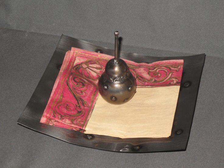 serwetnik, metal, iron, sculpture