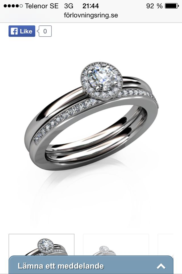 Två ringar. Den släta med sten finns på smycka. Stor briljant i mitten, små briljanter runt, vitt guld. Finns i rött guld, roséguld, platina. Pris 17000:-