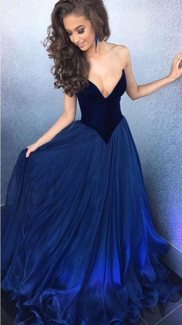 elegant royal blue prom dress, luxury evening dress, sweetheart party dress with pleats