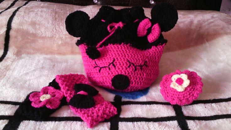 Minnie maouse crochet bag