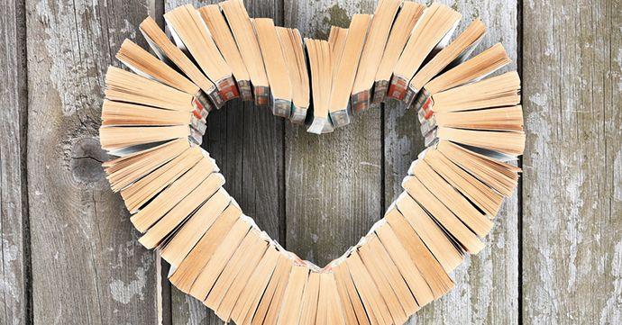 Het is weer eens de jaarlijkse boekenweek. Een leuk moment voor al wie van Nederlandstalige literatuur houdt! Er komen heel wat schrijvers hun literaire werken voorstellen in boekhandels.