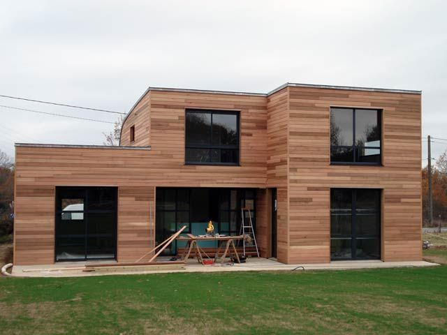 Villa con fachada rústica hecha con madera #wood #rustic #modern