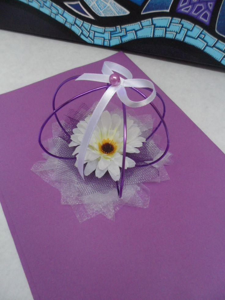 Décoration de table pour mariage - centre de table violet et blanc