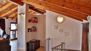Casa Rossa tæt på Comosøen med en fantastisk udsigt   Feriebolig i Acquaseria fra @homeaway! #vacation #rental #travel #homeaway