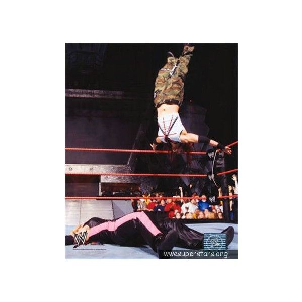 Lita (WWE Divas) :WWE Superstars – WrestlingWithTheTruth.com ❤ liked on Polyvore featuring wwe and wwe/tna