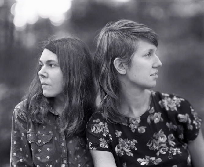 I posted a short blog on Common Folk Music about the Appalachian music of Anna & Elizabeth. Go and check it out. I'm a little rusty and a little late, but I'm trying to ease back into things.